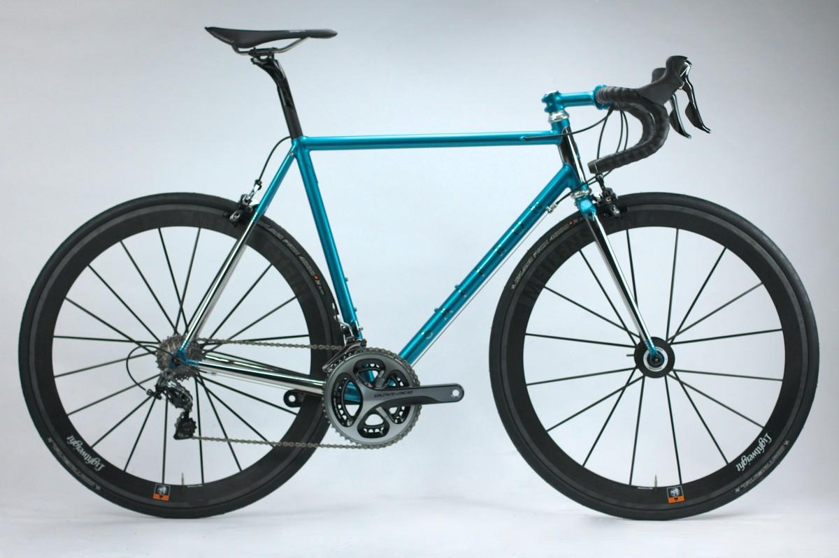 Cyclefit\'s fully stainless steel road bike